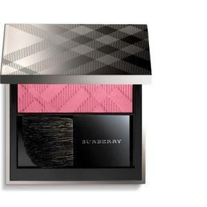 💫Burberry Blush Hydrangea Pink Light Glow